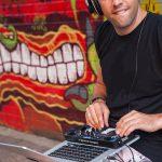 Mesa de mezclas para Dj Hercules DJ Control Compact