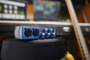 Interfaz de audio Audiobox para estudio casero